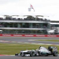 Akár esik, akár fúj... Rosberg kezdett legjobban Silverstone-ban