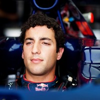 Ricciardo veszi át Karthikeyan helyét a Hispaniánál