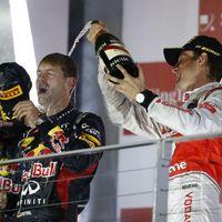 Vettelt próbára tették, de újra nyert Szingapúrban