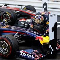 Vettel nyerte a kaotikus Monacói GP-t - Hamilton, az ámokfutó