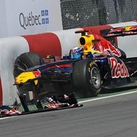 A nap képe: Vettel is feliratkozott a 'bajnokok falára'