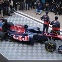 A nagytesó árnyékában: a Toro Rosso STR6