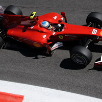 Hat év után ismét Ferrari-pole Monzában!