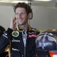 Grosjean marad a Lotusnál, Kobajasi halaszt egy évet