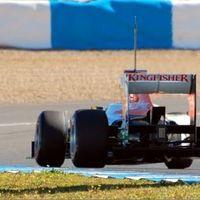 Räikkönen villantott a tesztelés nyitónapján Jerezben