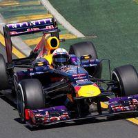 A Red Bull lemosta a mezőnyt a pályáról Melbourne-ben