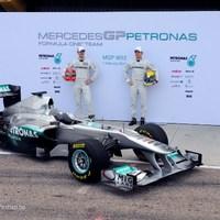 A Mercedes az F1-es csapat teljes átvételére készül