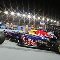 Visszapattant a Red Bull, Vettel dominált pénteken