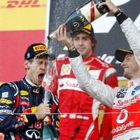 Vettel a világ, Button Szuzuka bajnoka