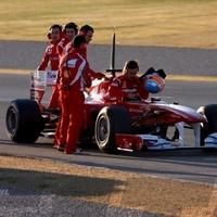 Alonso egyenlített a valenciai teszt 2. napján