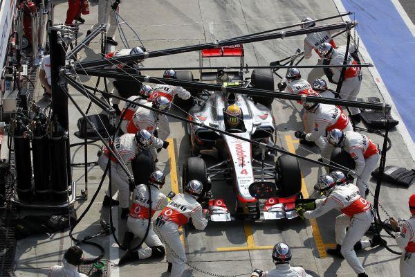 McLaren_pitstop_ITA5729.jpg