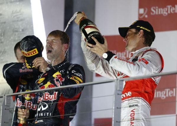 SINGAPORE_Vettel-Button_r600.jpg