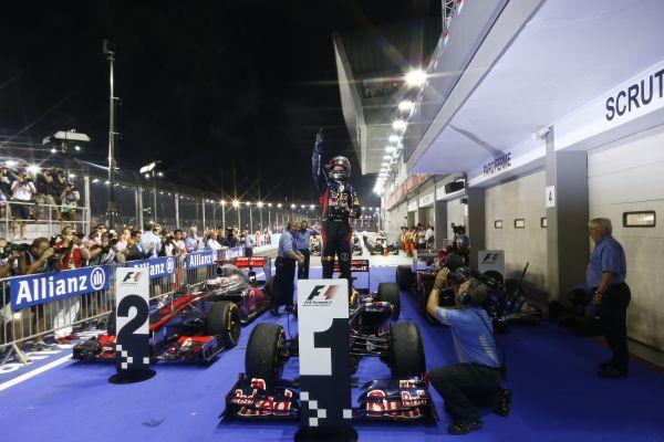 SINGAPORE_Vettel_winner_r600.jpg