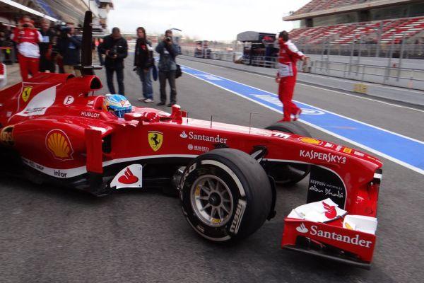 Alonso Ferrari D1Barc_res600.jpg
