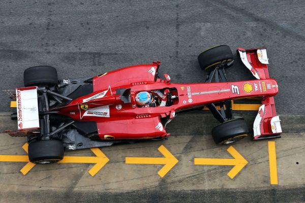Alonso Ferrari toppic Barc_600.jpg