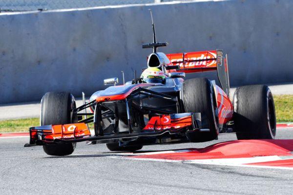 Perez McLaren action Barc_600.jpg