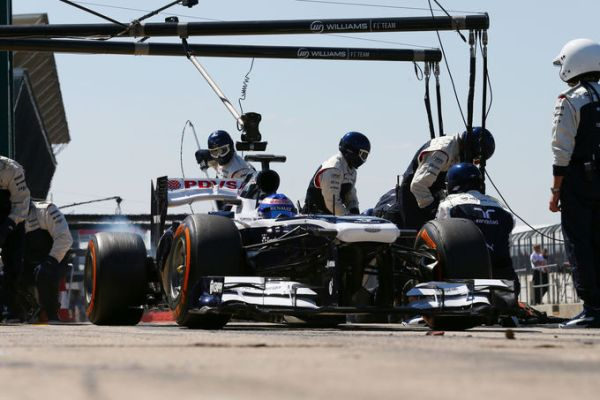 Wolff-Williams pitstop YDT Silver_r600.jpg