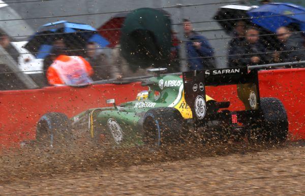 F12013GP08GBR_PIC_kavics_r600.jpg