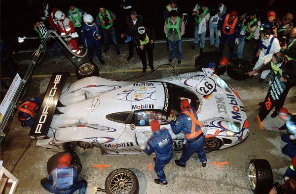 Porsche 998 Le Mans.jpg
