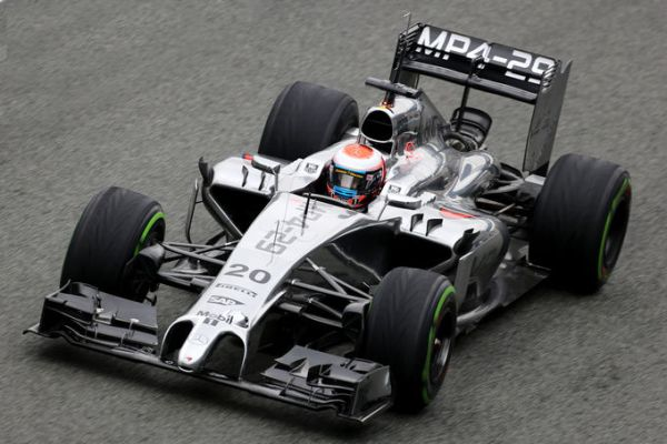 Magnussen McLaren MP4-29 F1-Jerez D4 r600.jpg