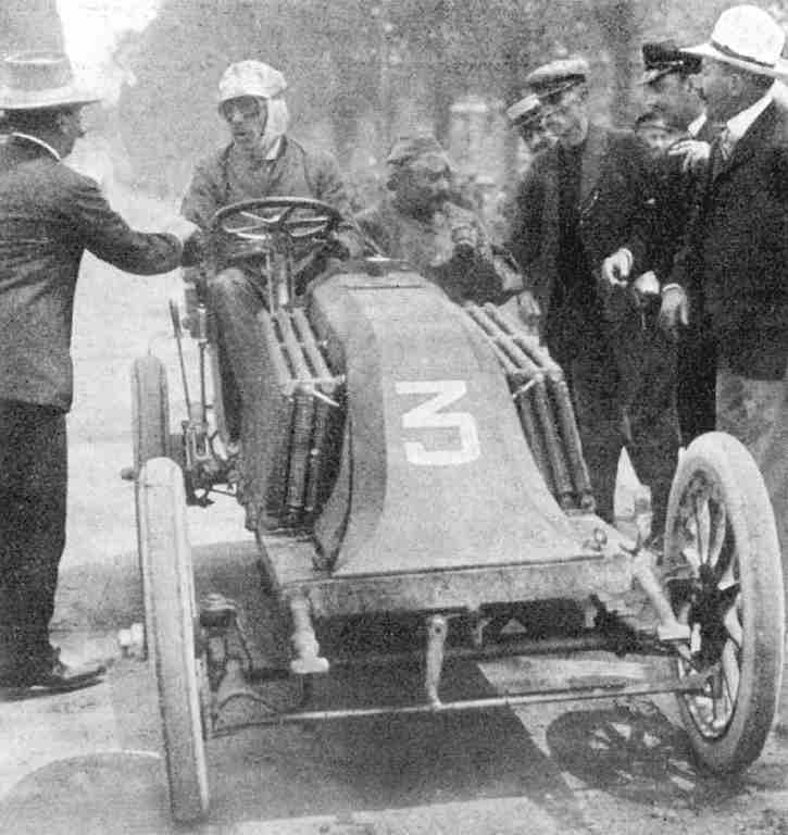 1903_paris_madrid_louis_renault_renault_mechanic_ferenc_szisz_2nd_3.jpg