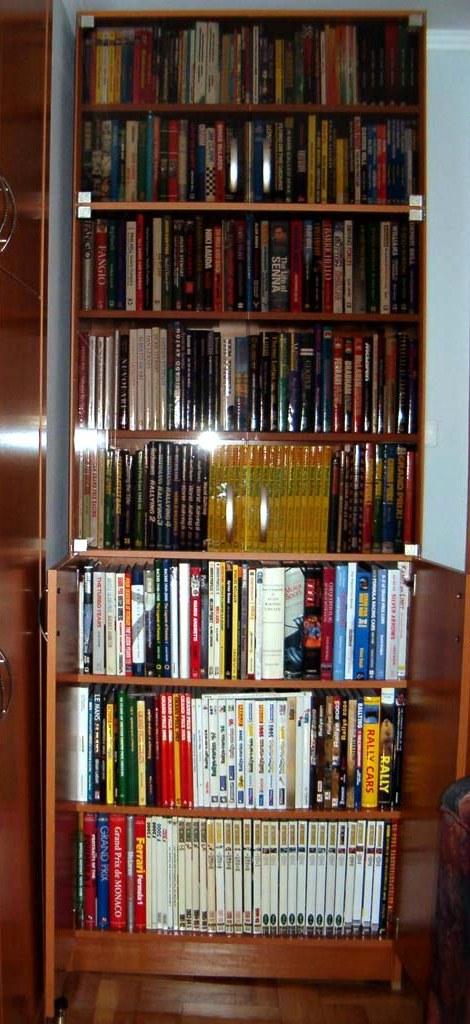 Bookshel(small).jpg