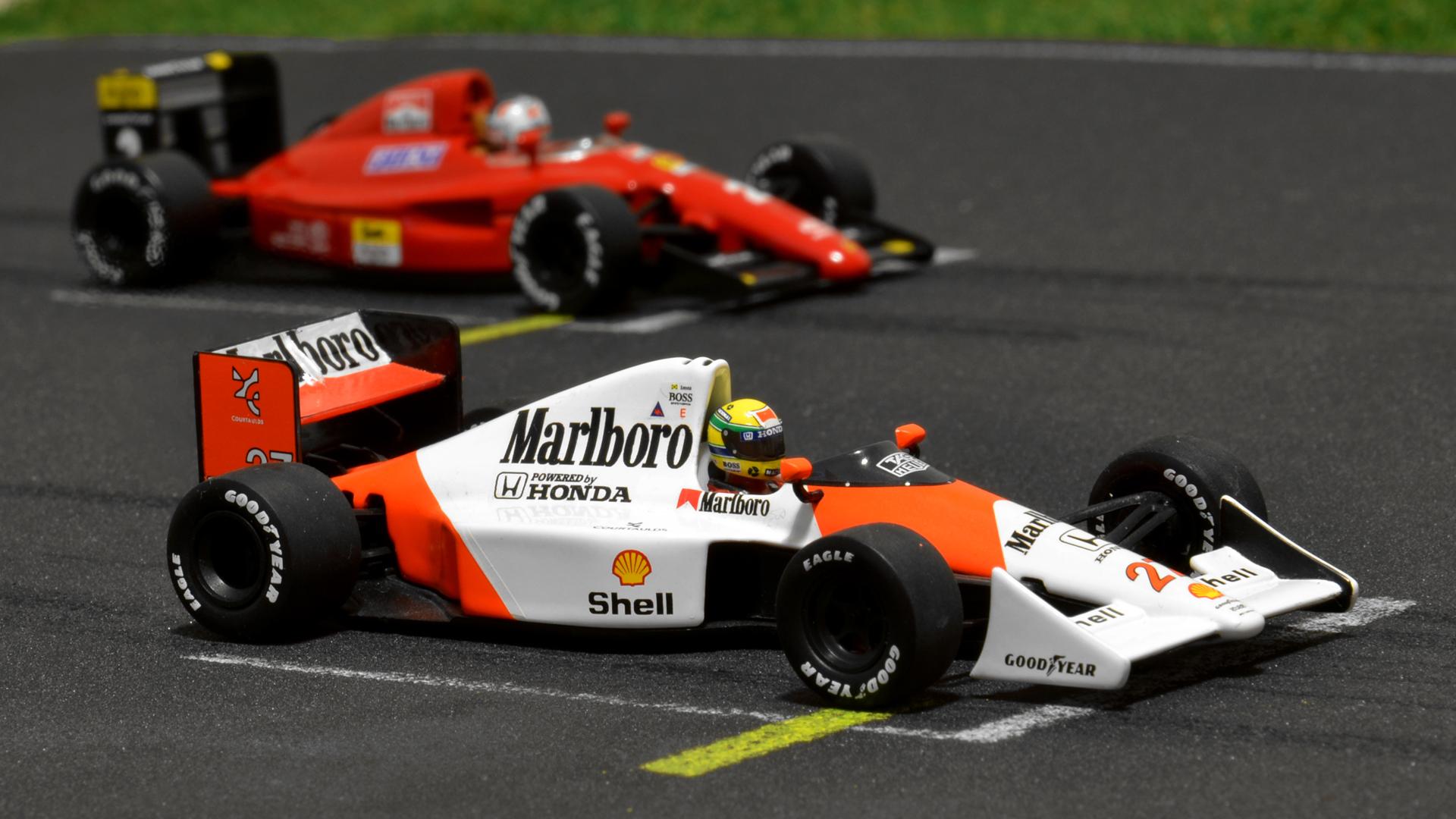 Legutóbb Prost, most Mansell Ferrari-ját raktam Senna MP4/5B autója mellé.