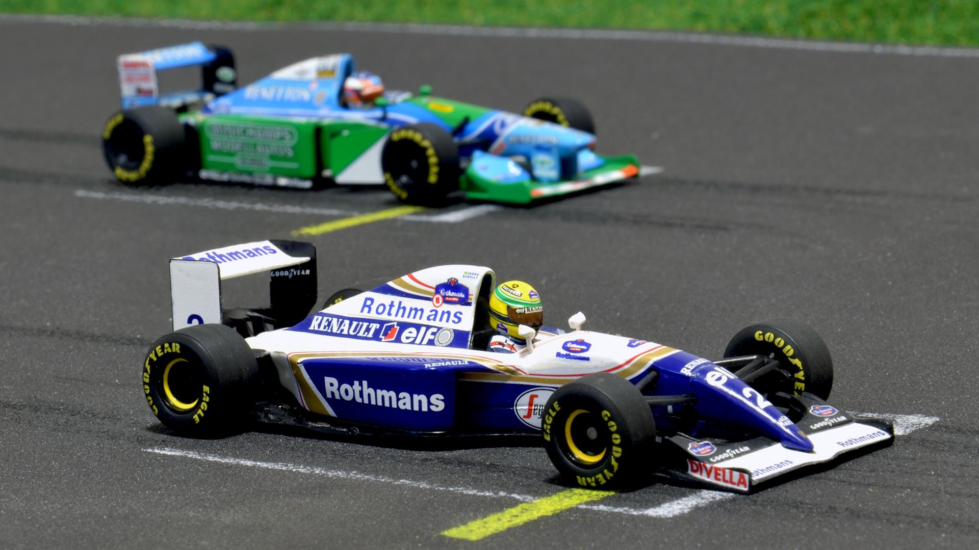 Igen, múltkor is Schumacher B194-ese volt a képen a Williams FW16 mellett, de most már így alakult.