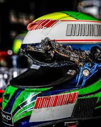 Mit kell tudni egy F1-es sisaknak?