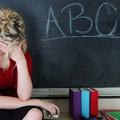 Ki védi meg a tanárokat?