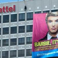 Ken szakított Barbie-val