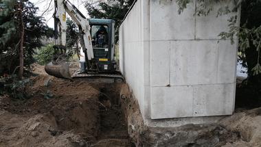 Titkos bunkerrendszer a Fiumei úti temető és a II. János Pál pápa tér között