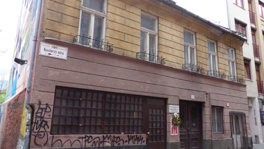 Lebontják Pest legérdekesebb múltú házát, a Wichmann kocsmát