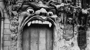 A Pokol, a Menny és a Semmi egykori párizsi kapui