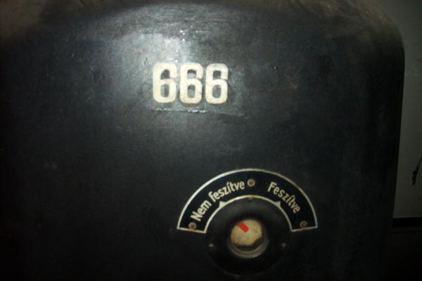 ERŐMŰ 041.jpg