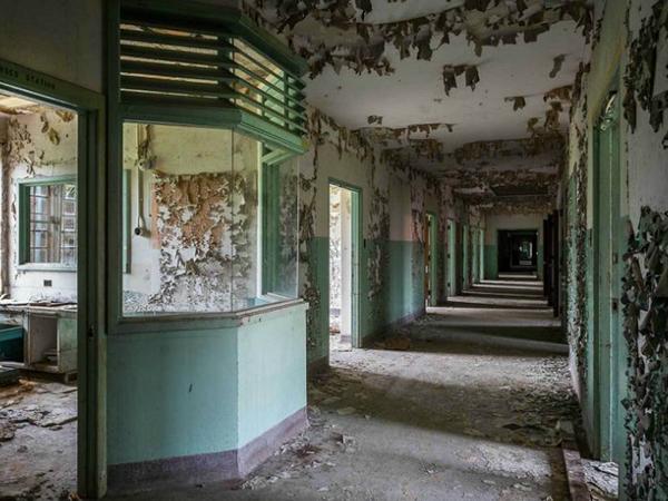 asylum7.jpg