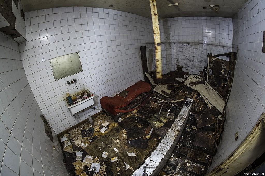 Az ügyeletes őr egykori szobája (Fotó: lana-sator.livejournal.com)