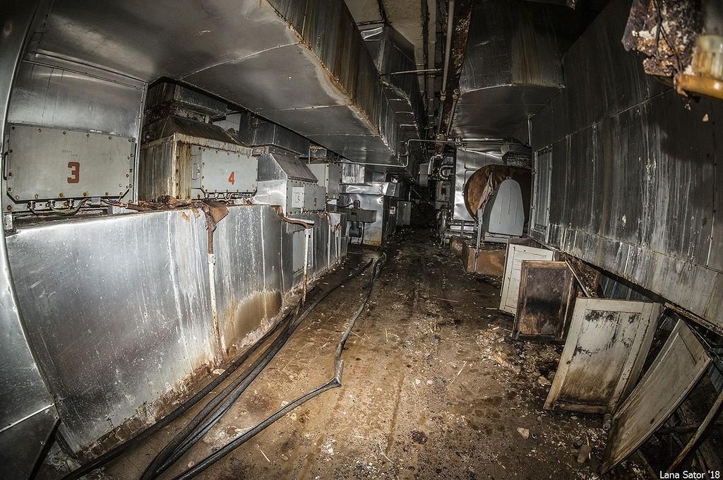 A 3-as, a 4-es és az 5-ös levegőtisztítók csövei (Fotó: lana-sator.livejournal.com)