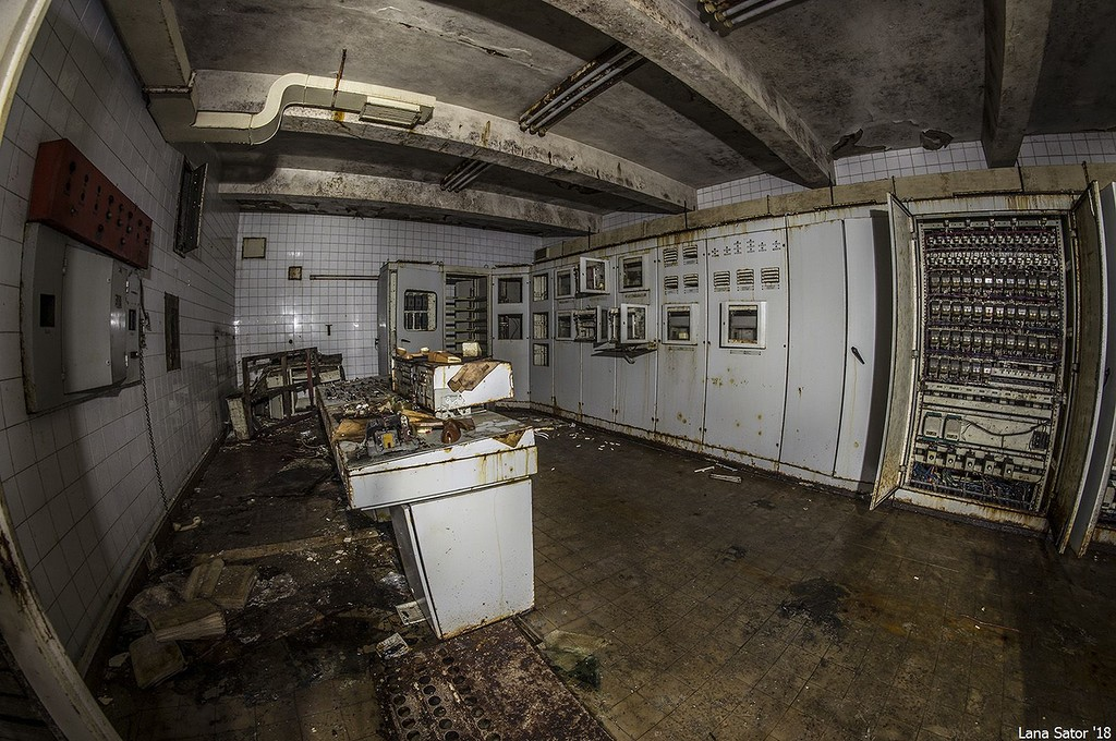 Ebből a szobából irányították a mauzóleum összes műszaki és gépészeti berendezését. (Fotó: lana-sator.livejournal.com)