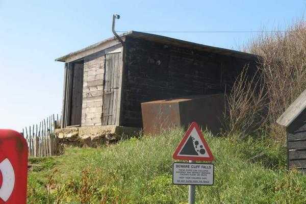 dunwich- cliff falls warning.JPG