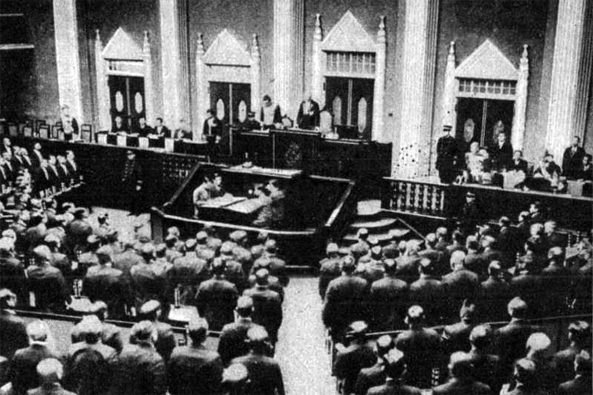 Az új tokiói Parlament ülésterme(Fotó: Pesti Hírlap)