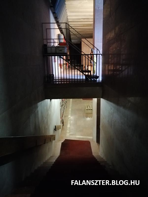 Le a mélybe! Lenin mauzóleuma nincs lelinóleumozva (Fotó: Jamrik Levente/Falanszter.blog.hu)