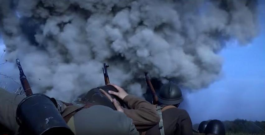 Német bombaeső (Fotó: Magyar korridor - Varsó 1944 című film)