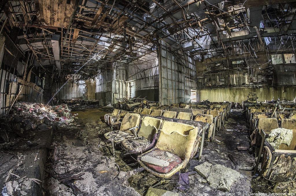 Az egykori moziterem (Fotó: lana-sator.livejournal.com)