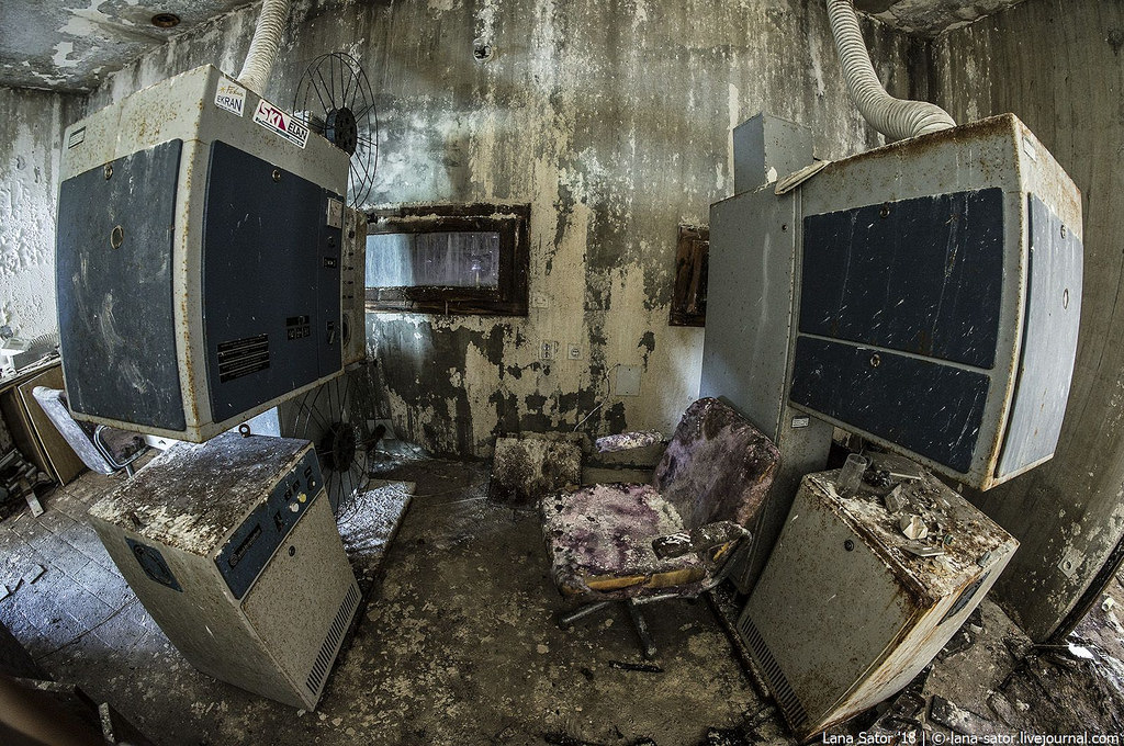 Vetítőgépek. (Fotó: lana-sator.livejournal.com)
