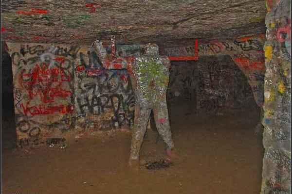 párizsi katakomba6.JPG