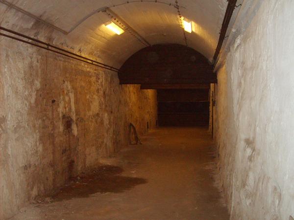 Folyosó a Pokolba (Fotó: Falanszter.blog.hu)
