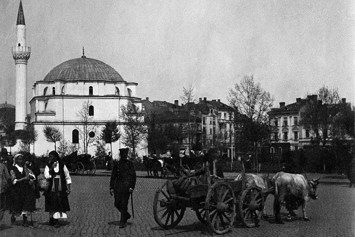 és 1916-ban. (Forrás: Stara-Sofia.com)