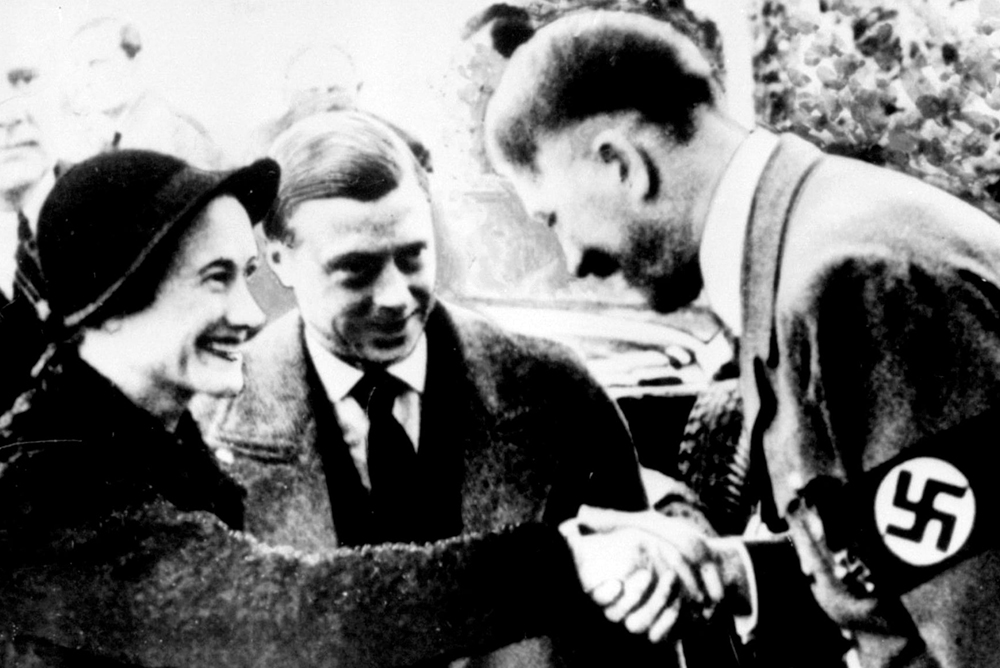 A walesi hercegi pár látogatása Hitlernél (Fotó: Bundesarhiv.de)