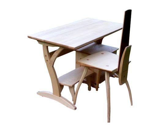 íróasztal állítható székkel